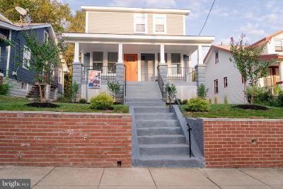 Woodridge Single Family Home For Sale: 3815 NE 25th Place NE