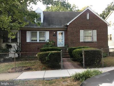 Woodridge Single Family Home For Sale: 3101 Monroe Street NE