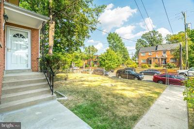 Rental For Rent: 872 Bellevue Street SE #2 UPPER