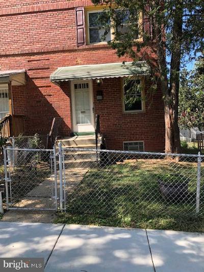 Washington Single Family Home For Sale: 1176 46th Place SE