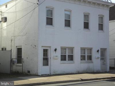 Dover Single Family Home For Sale: 110 W Division Street
