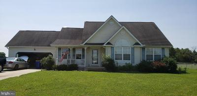 Single Family Home For Sale: 2 Hearthstone Lane