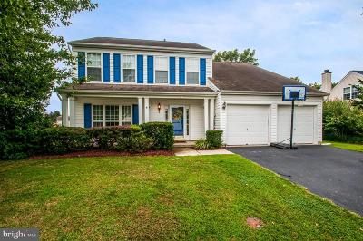 Dover Single Family Home For Sale: 6 Yarmouth Way