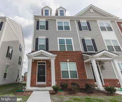 Townhouse For Sale: 3728 Green Street