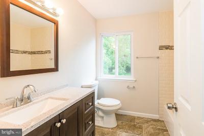 Wilmington DE Single Family Home For Sale: $60,000