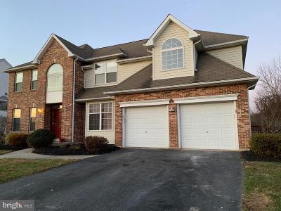 Newark Single Family Home For Sale: 4 Winding Road