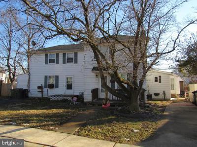 Newark Single Family Home For Sale: 44 Thompson Circle