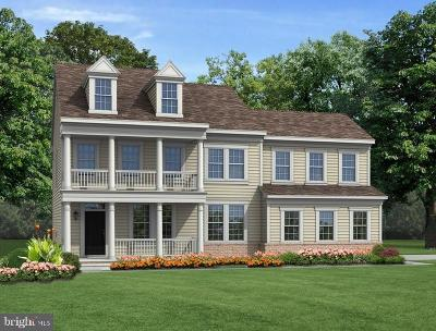 Middletown Single Family Home For Sale: Bayberry Parkway N