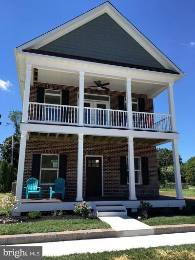 Delaware City Single Family Home For Sale: 609 Front Street