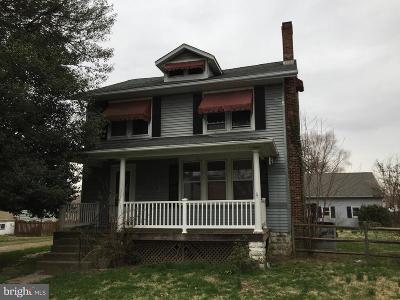 Wilmington DE Single Family Home For Sale: $152,000