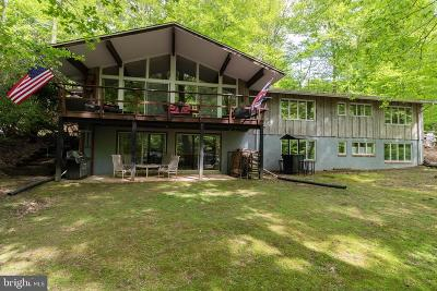 Newark Single Family Home For Sale: 836 Crossan Road