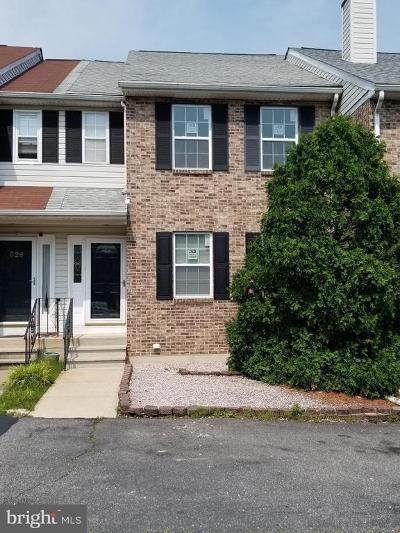 Newark Townhouse For Sale: 924 8th Street