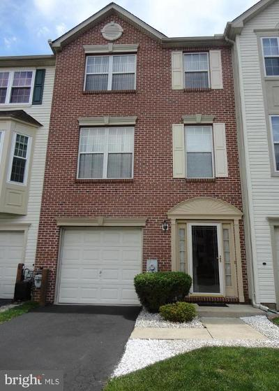Townhouse Active Under Contract: 14 Shane Circle