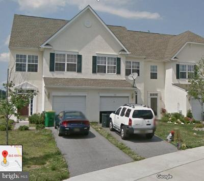 Middletown Townhouse Active Under Contract: 365 Wilmore Drive