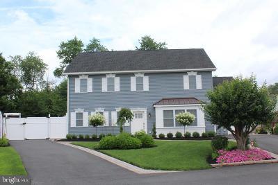 Newark Single Family Home For Sale: 19 Carlisle Road