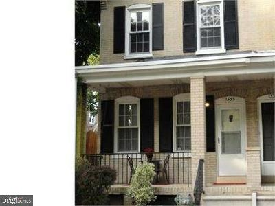 Wilmington Townhouse For Sale: 1333 Maple Street