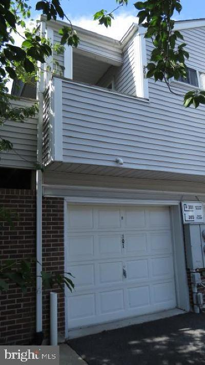 New Castle County Condo For Sale: 301 Madeline Court