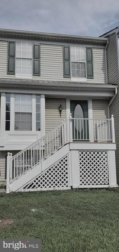 Newark Townhouse For Sale: 9 S Merriment Drive