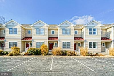 Rehoboth Beach DE Townhouse For Sale: $329,900