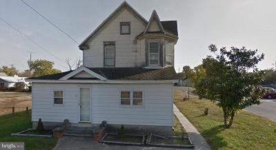 Seaford Single Family Home For Sale: 406 S Market Street