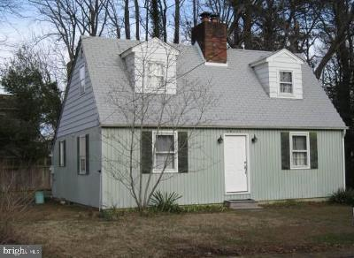 Single Family Home For Sale: 20651 Pine Street