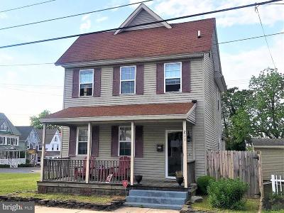 Laurel Single Family Home For Sale: 211 W Market Street