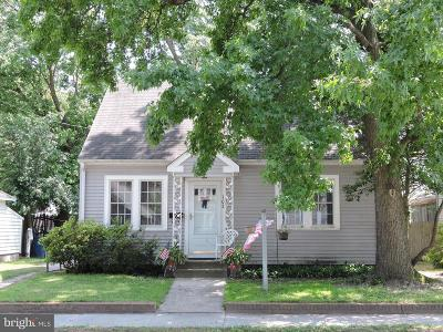 Laurel Single Family Home For Sale: 102 W 8th Street