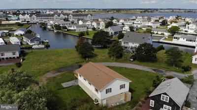 Single Family Home For Sale: 28 High Tide Lane