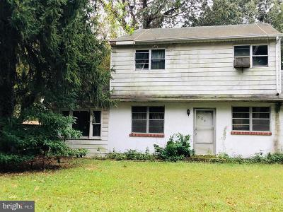 Pasadena Single Family Home For Sale: 556 Sunset Knoll Road