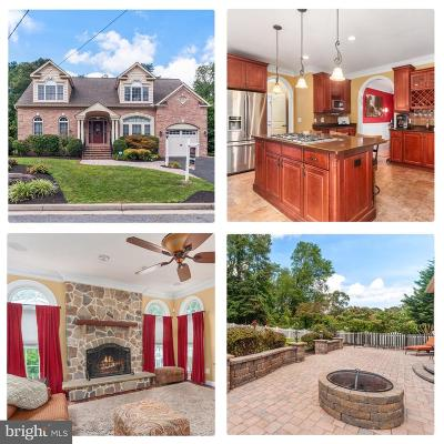 Pasadena Single Family Home For Sale: 112 Hastings Lane