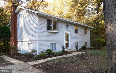 Davidsonville MD Single Family Home For Sale: $420,000