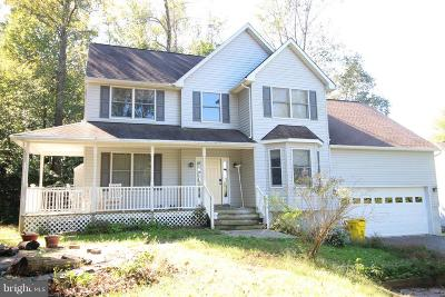 Annapolis Single Family Home For Sale: 104 Needle Pine Lane