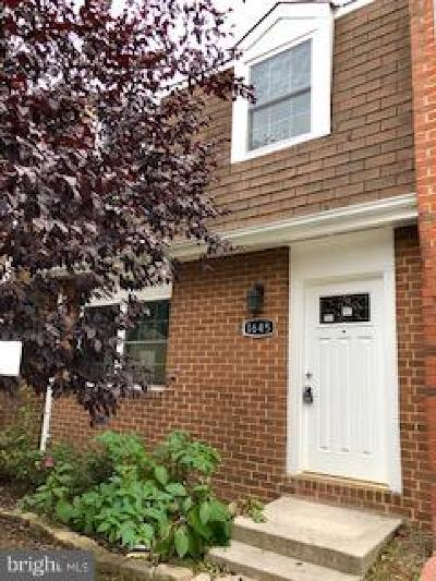 Crofton Townhouse For Sale: 1645 Forest Hill Court