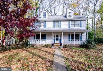 Edgewater MD Single Family Home For Sale: $424,900