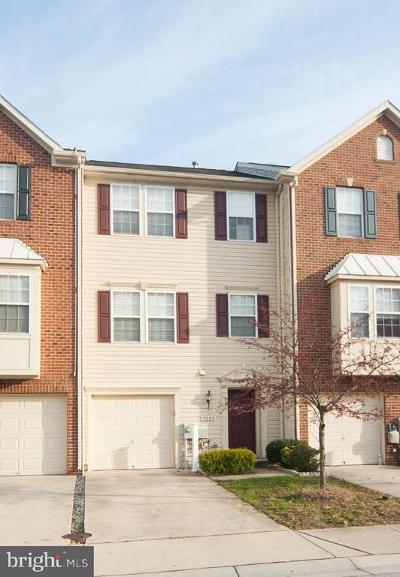 Glen Burnie Townhouse For Sale: 7225 Mockingbird Circle