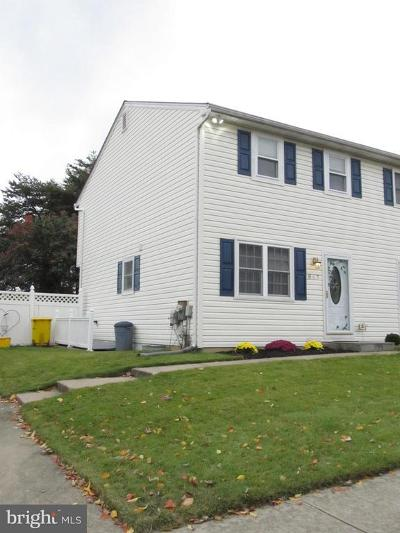 Glen Burnie Single Family Home For Sale: 847 Bentwillow Drive