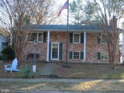 Glen Burnie Single Family Home Active Under Contract: 243 Turnwood Drive