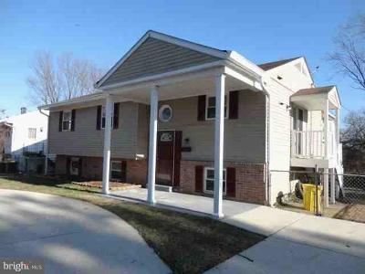 Linthicum Single Family Home For Sale: 5635 Torquay Reach