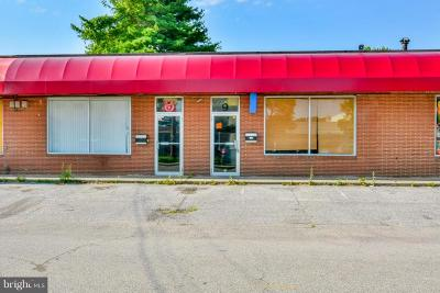 Anne Arundel County, Calvert County, Charles County, Prince Georges County, Saint Marys County Commercial For Sale: 11 Vernon Avenue