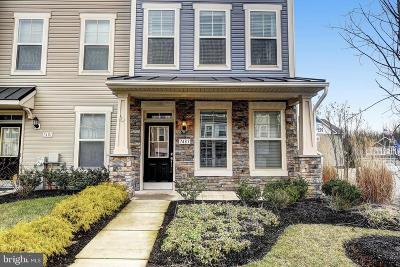 Glen Burnie Townhouse For Sale: 7483 Ashmore Avenue
