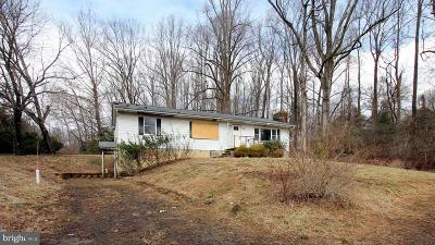 Anne Arundel County, Calvert County, Charles County, Prince Georges County, Saint Marys County Single Family Home For Sale: 2000 Johns Hopkins Road