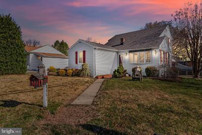Riviera Beach Single Family Home For Sale: 8443 Main Avenue
