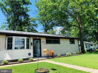 Glen Burnie Single Family Home For Sale: 204 Buckingham Drive