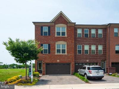 Millersville Townhouse For Sale: 8 Arrowleaf Drive