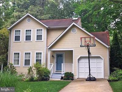 Annapolis Single Family Home For Sale: 3239 Blackwalnut Drive
