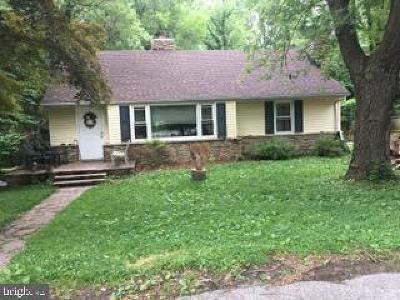 Arnold Single Family Home For Sale: 8 Pride Lane