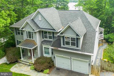 Edgewater, Mayo Single Family Home For Sale: 3325 Glebe Drive