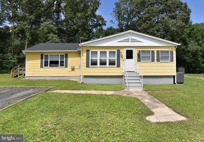 Pasadena Single Family Home For Sale: 1016 Lauf Lane