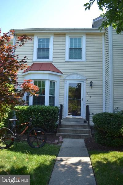 Crofton Townhouse For Sale: 1612 Heather Place