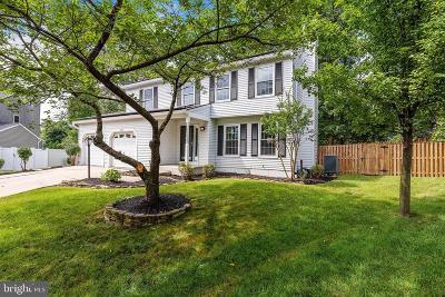 Pasadena Single Family Home For Sale: 8201 Deerbrooke Court
